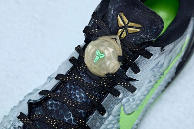 Nike Kobe 8 System Christmas