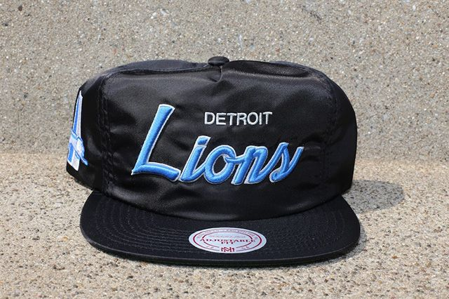 Mitchell Ness Black Satin Nfl Dome Cover Capsule
