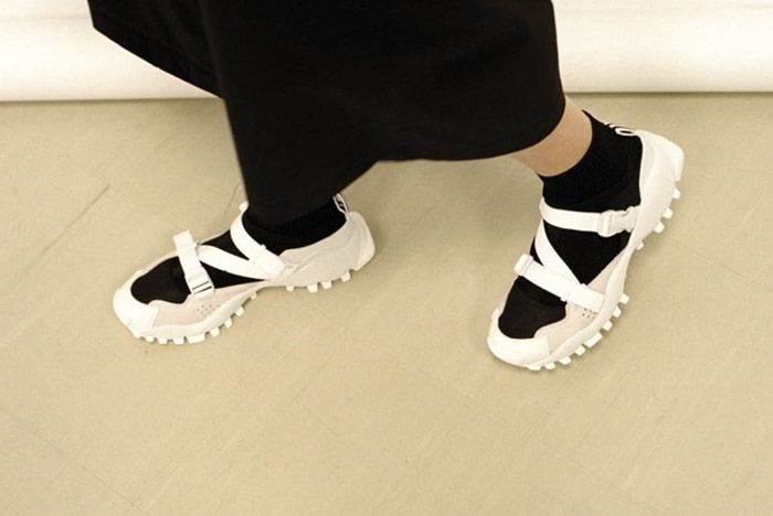 Aclarar plataforma maleta  Hyke X adidas Seeulater Women's Collection - Sneaker Freaker