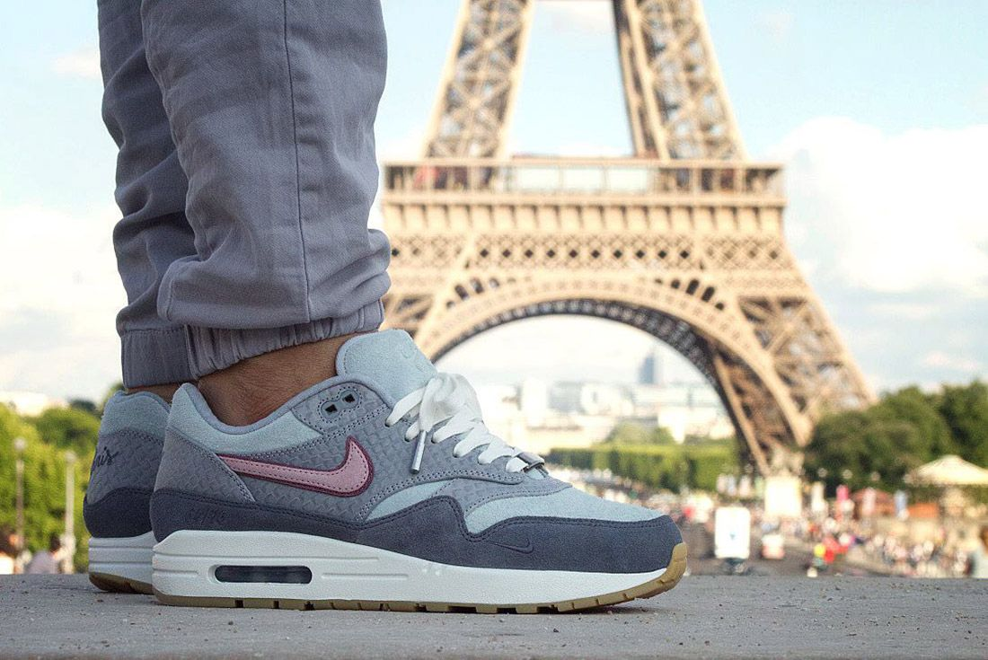 Air Max 1 Bespoke Paris 1