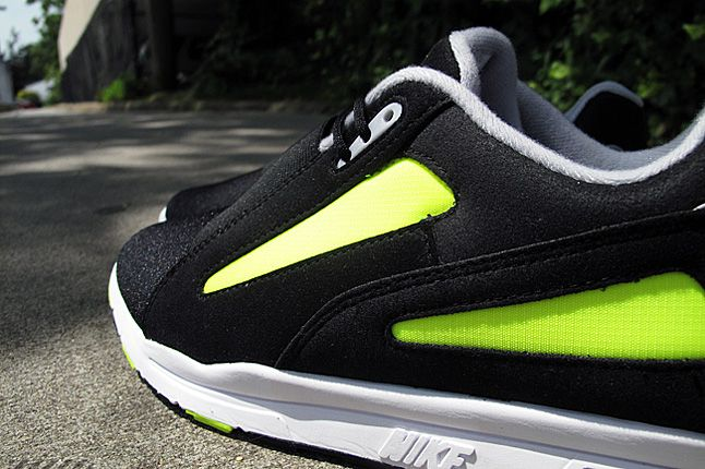 Nike Air Current Volt 02 1