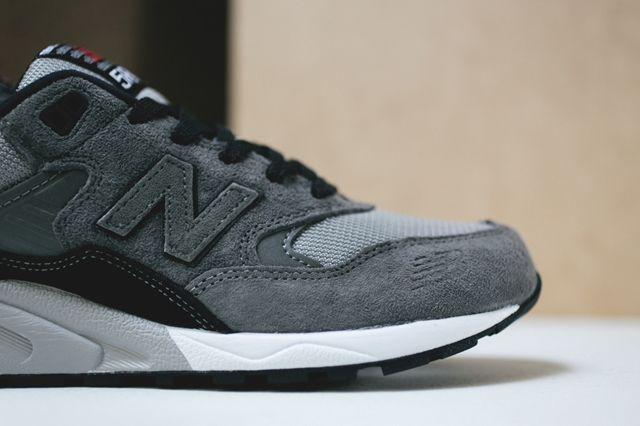New Balance 580 Grey 3