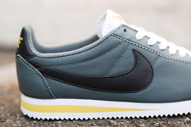 Nike Cortez Nylon Greyblackwhite 3