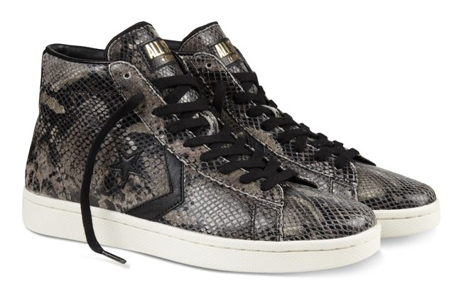 Converse Yots Outside Pair Profile 1
