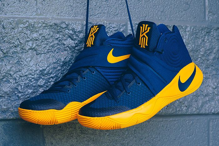 Nike Kyrie 2 On Court7