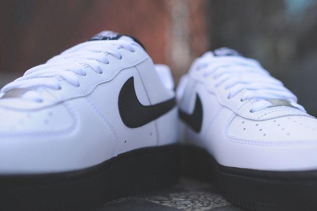 Nike Air Force 1 Low White Black 3