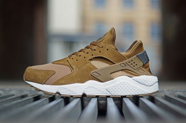 Nike Air Huarache Tonal Season Bumpers 1