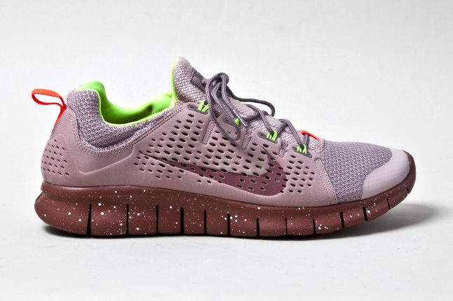 Nike Free Powerlines 2 Diffused Taupe Profile 1
