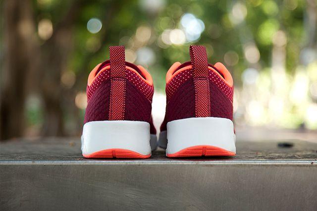 Nike Air Max Thea Jacquard Fuschia Mango 2