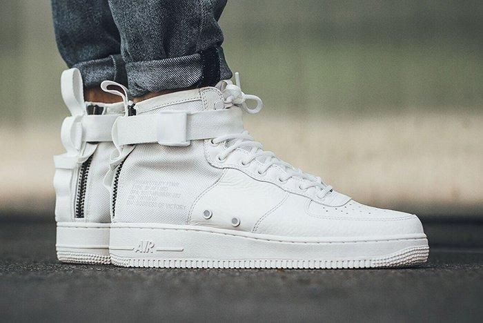 Nike Sf Air Force 1 Mid Triple Ivoryfeature