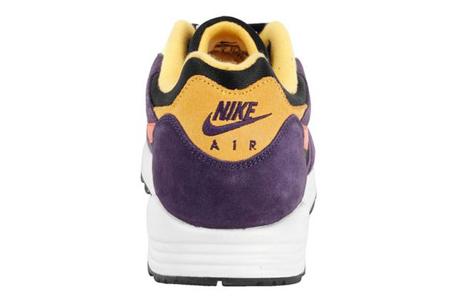 Nike Air Base Ii Vntg Eggplant Heel 1