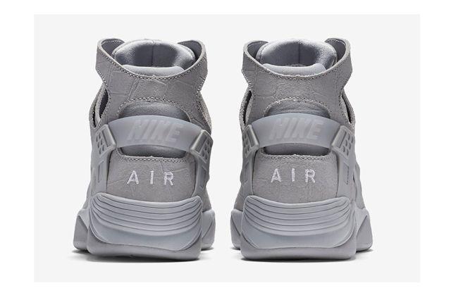 Nike Huarache Flight Grey Croc 2
