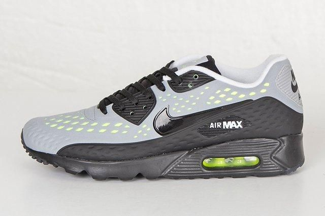 Nike Am90 Ultra Br Neon End Bump 1