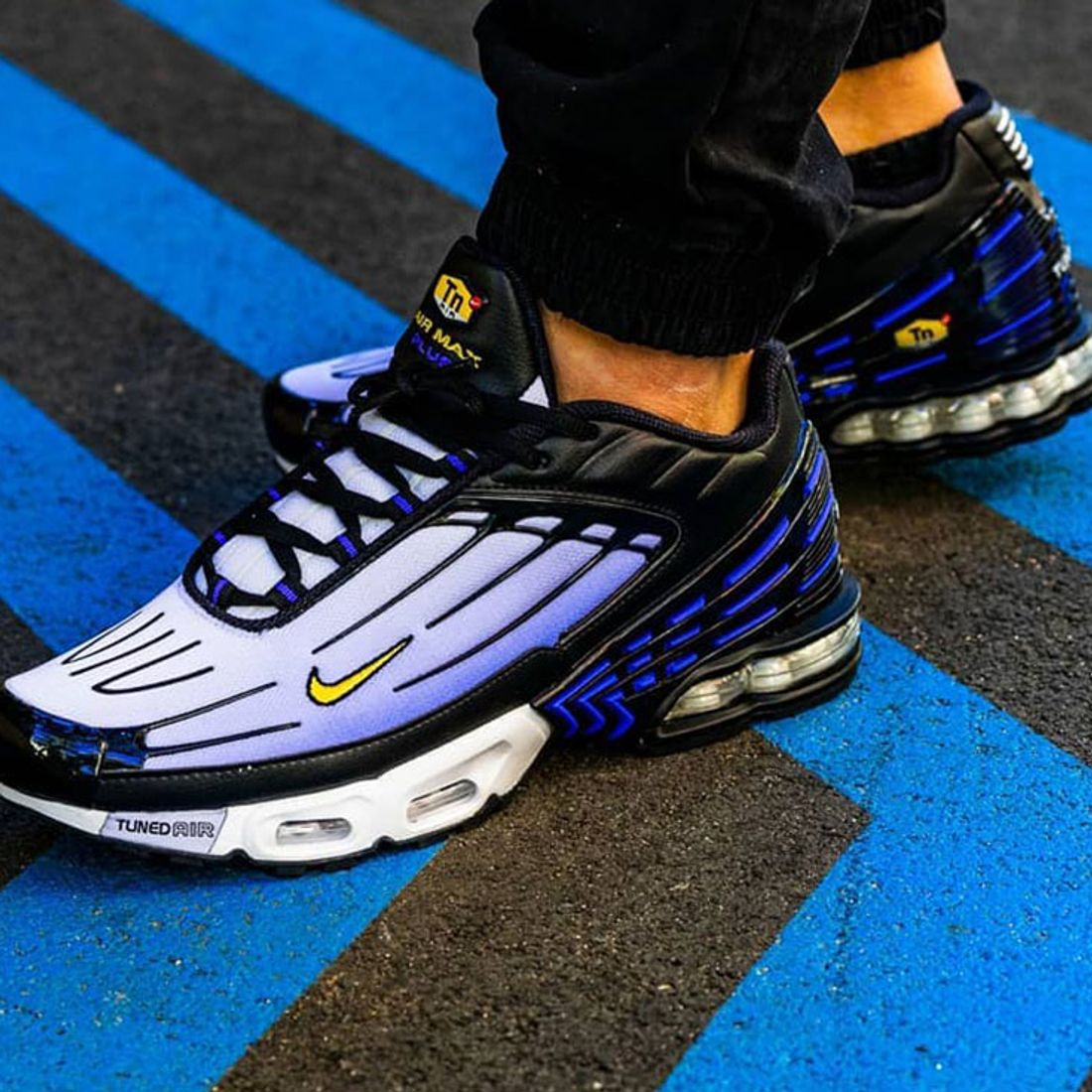 Here S How People Are Styling The Nike Air Max Plus 3 Hyper Blue