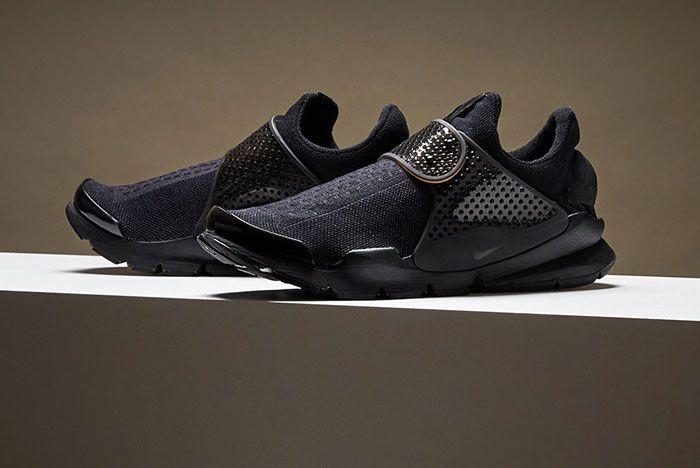 Nike Sock Dart Black 1