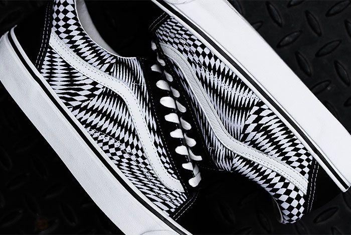 End X Vans Sneaker Freaker2
