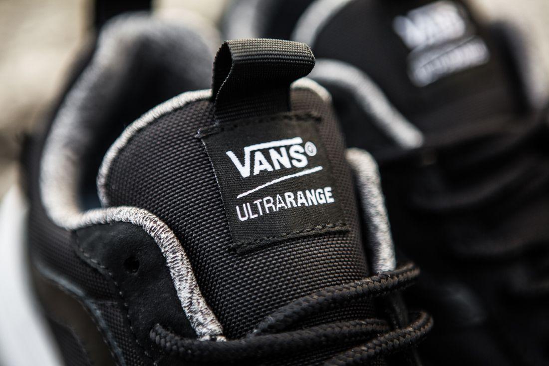 Vans Ultra Range Vault Black 4