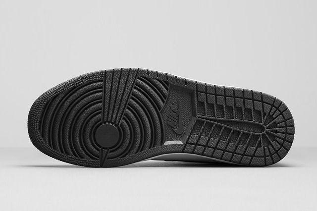 Air Jordan 1 Black White Bump 6
