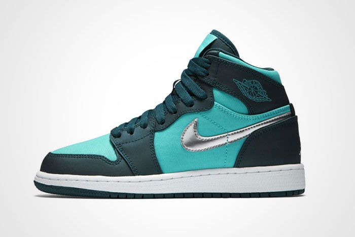 Air Jordan 1 High Tiffany Diamond Thumb