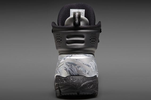 Nike Digital Nsw Nike Knows Meriwether Posite Heel