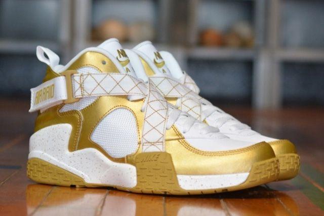 Nike Air Raid Gold Bump 3