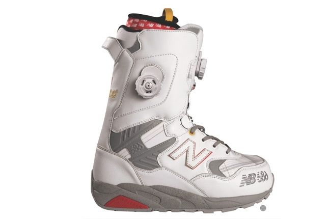 New Balance 686 Shoes White 1