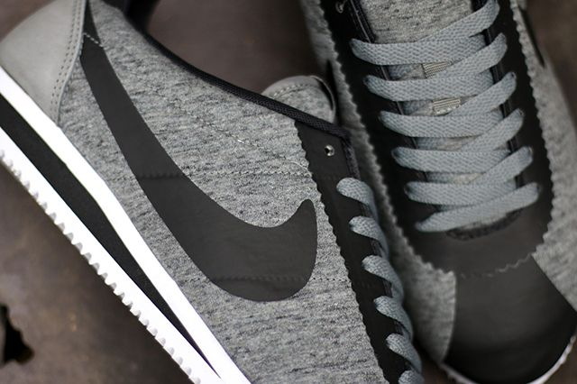 Nike Cortez Tech Fleece2