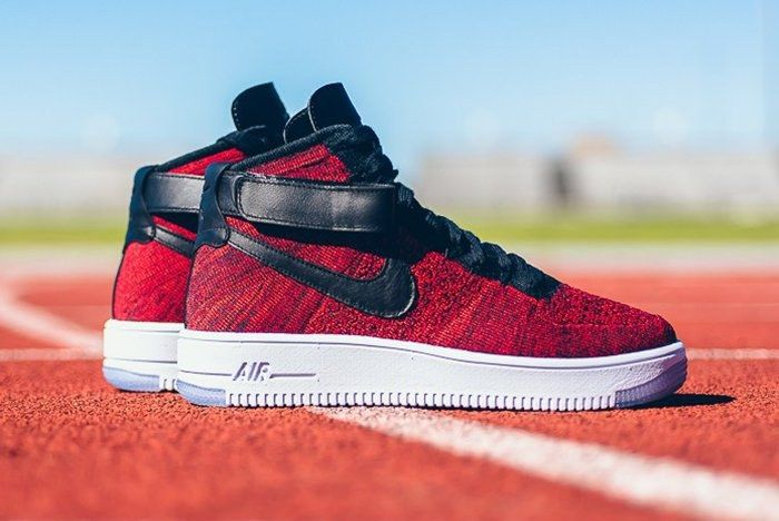 Nike Air Force 1 High Flyknit University Red Thumb