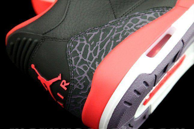 Air Jordan 3 Bright Crimsom Heel Details 1