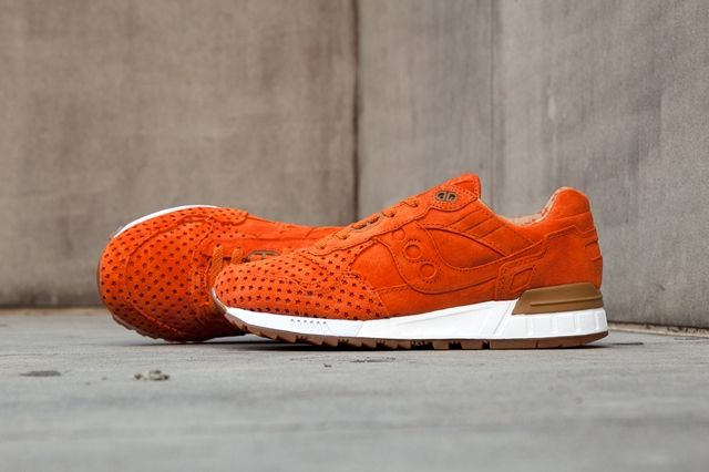 Play Cloths Saucony Shadow 5000 Strange Fruit Pack 10
