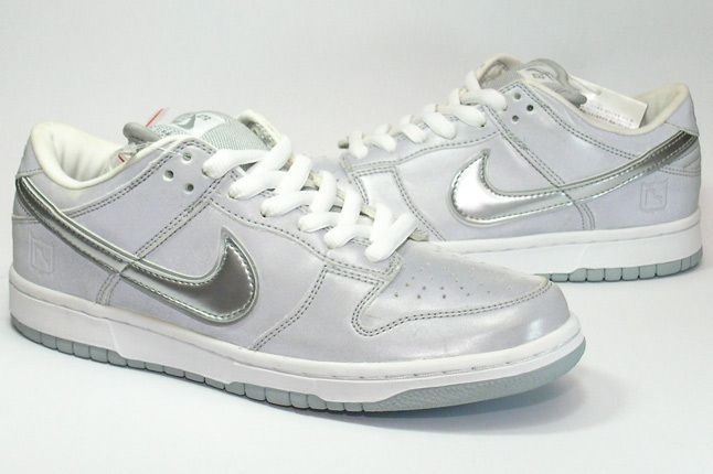 Nike Dunk Sample Medicom 1 Pair 1 1