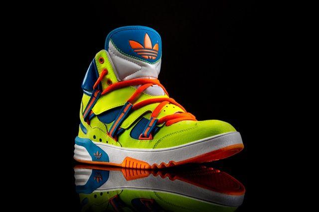 Adidas Og Roundhouse Instinct Volt Toe Quarter