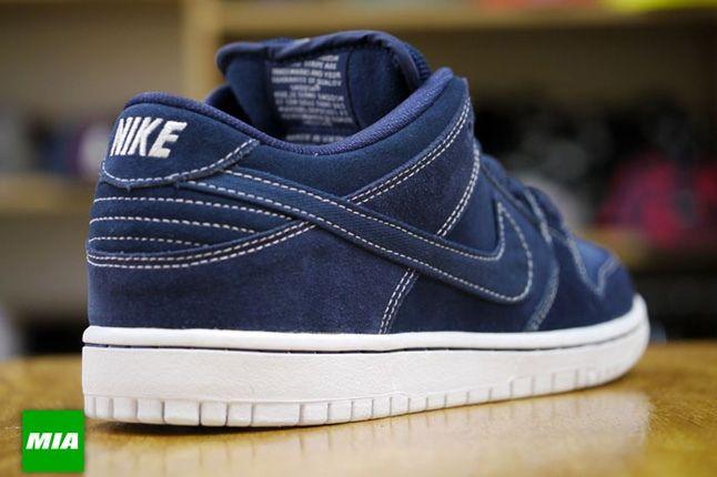 Nike Sb Dunk Low Pro Midnight Navy 2