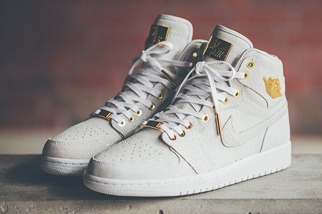 Air Jordan 1 Pinnacle Gold 4