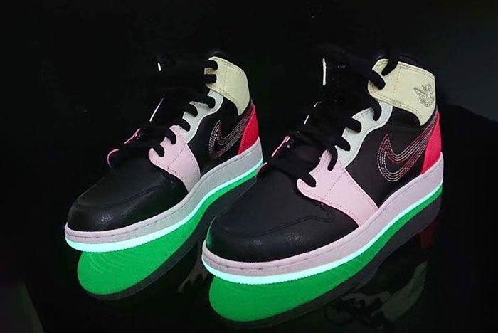 Air Jordan 1 Mid Glow In The Dark Av5174 076 Release Date 4 Pair Angle