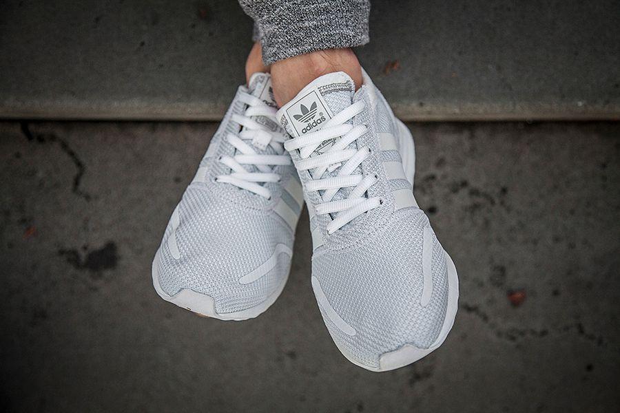 Adidas La White Mens 2
