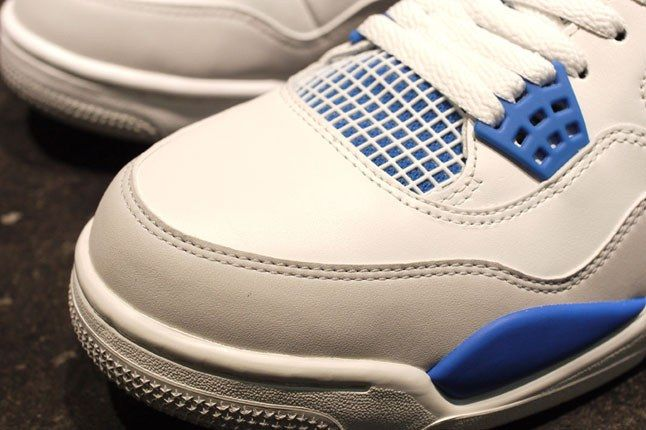 Jordan 4 Military Blue 3 2