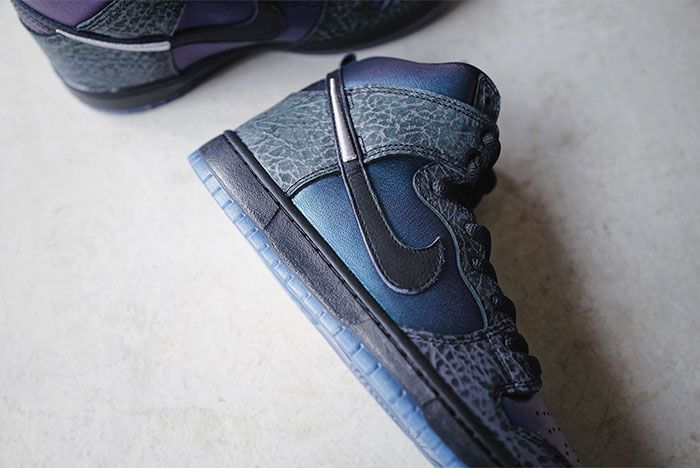 Black Sheep X Nike Sb Dunk High Black Hornet Close Ups8