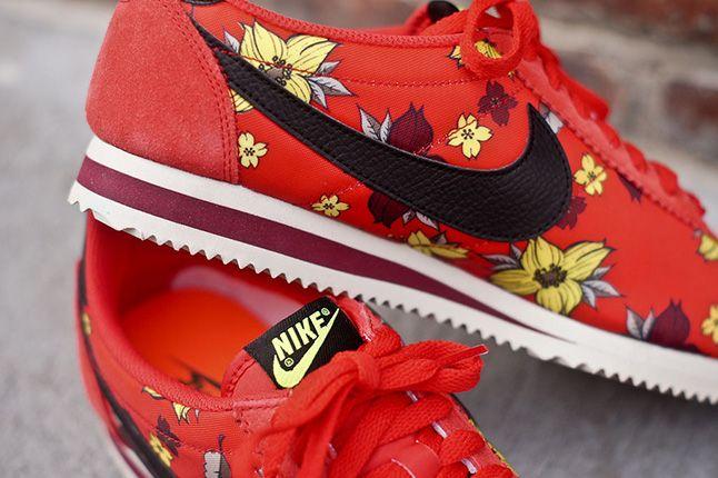Nike Classic Cortez Nylon Qs Aloha Pack Red Detail 1