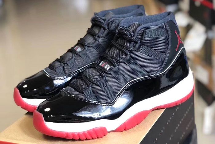 Air Jordan 11 Bred Left