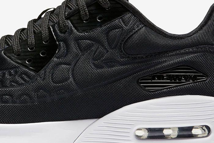 Nike Air Max 90 Plush 7