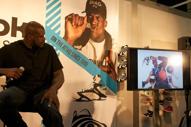 Reebok Shaq Launch Shaq Watching Himself 1
