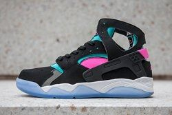Nike Flight Huarache Pink Pow Black Bumper Thumb