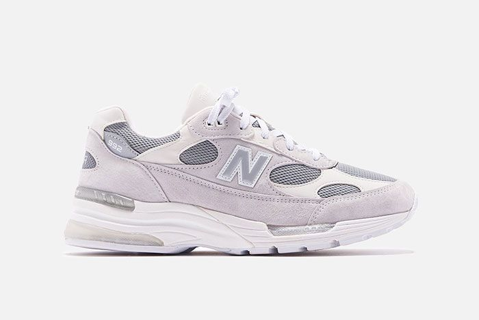 New Balance 992 White Silver Lateral