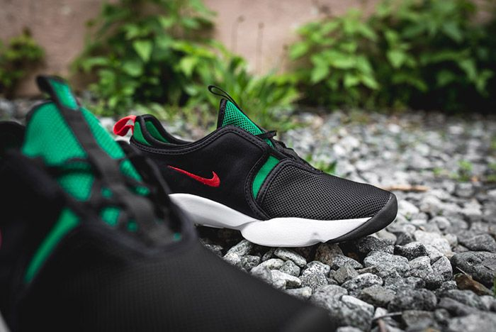 Nike Loden Womens Black Atomic Red Pine Green 3