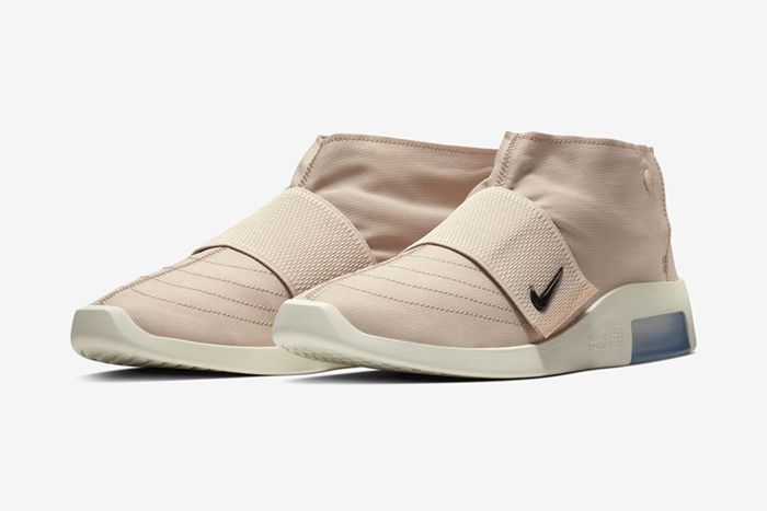 Nike Air Fear Of God Moc Particle Beige At8086 200 Release Date Pair