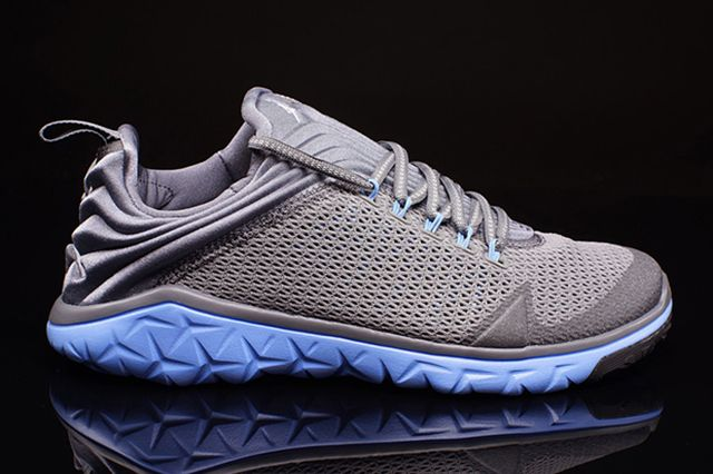 Jordan Flight Flex Trainer Grey University Blue 3
