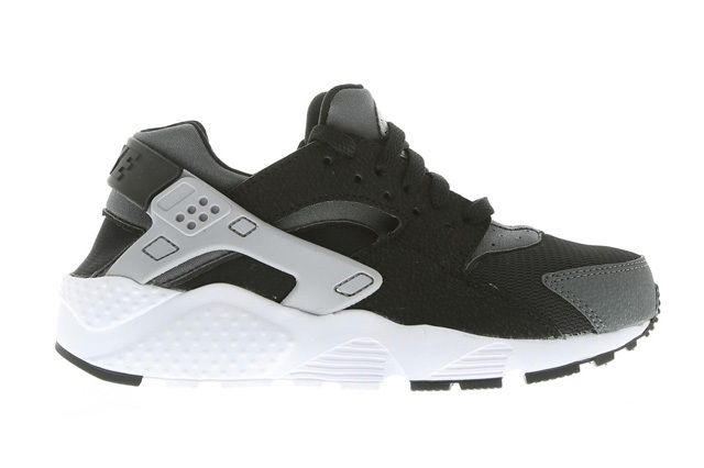Nike Air Huarache Black Wolf Grey 2