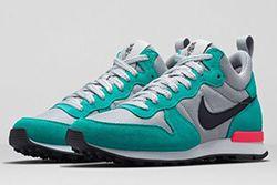 Nike Womens Internationalist Thumb