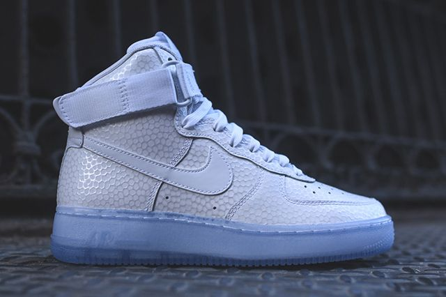Nike Air Force 1 High Wmns White Pearl Thumb